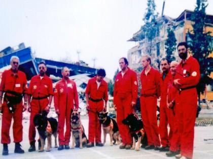 Планинските спасители на БЧК с почетна награда