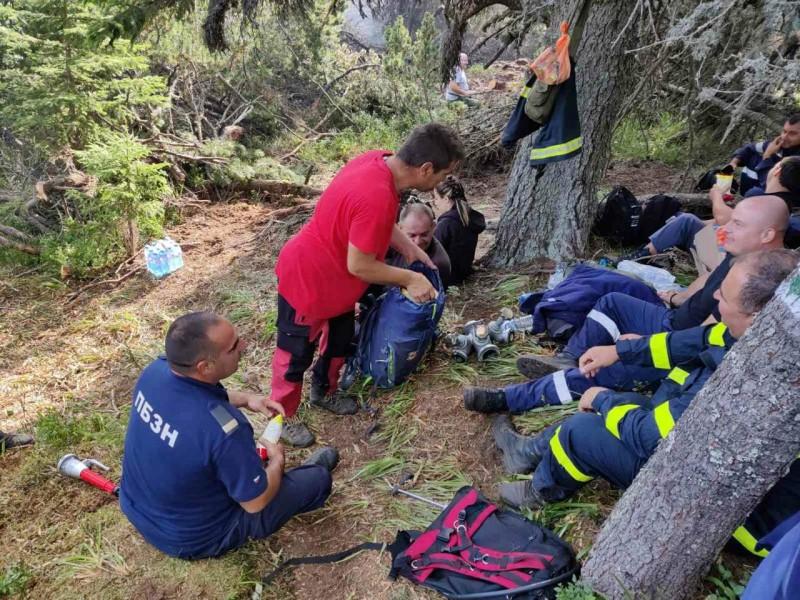 В помощ огнеборците в Боровец